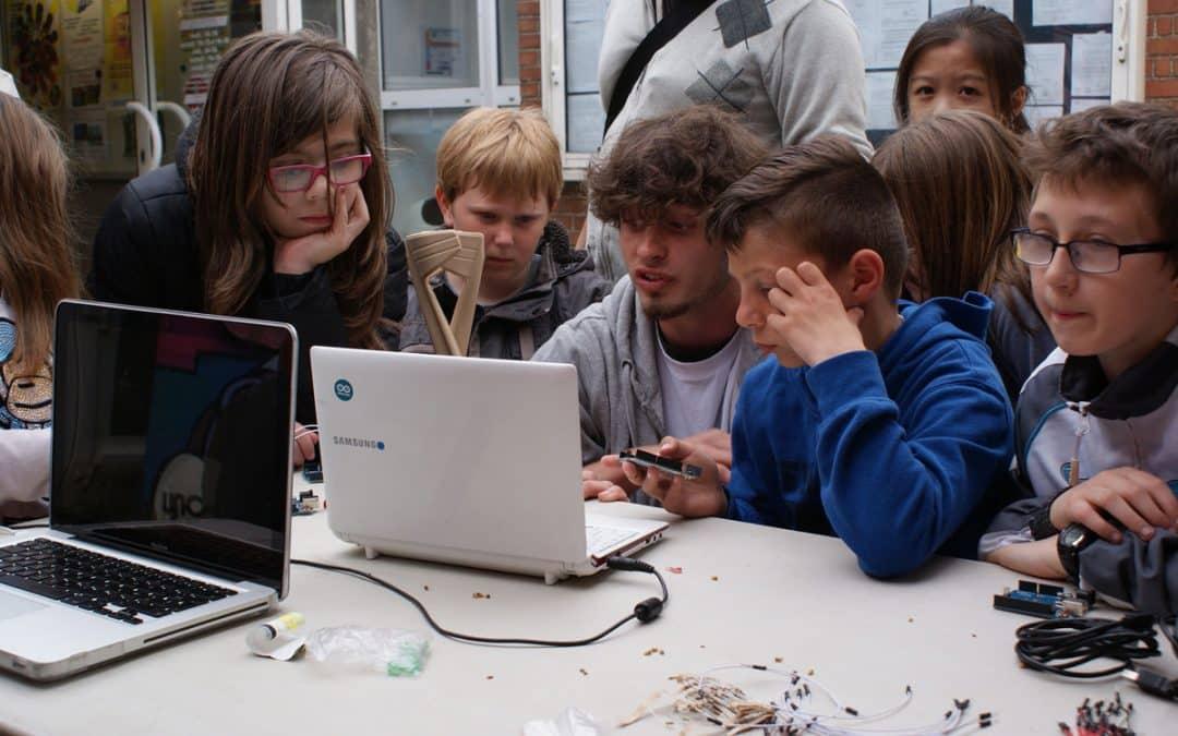 """#Caen. Offre de stage : """"Jeunes Médiateurs.rices du numérique"""""""