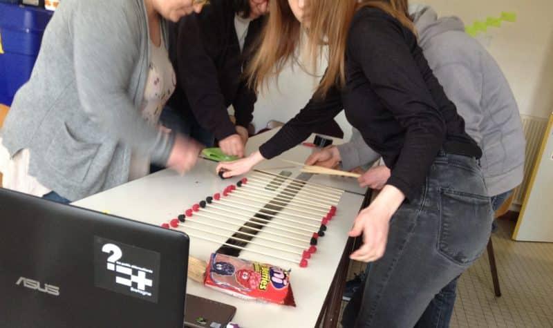 Activité réalisation d'une bonbonde lors de la FIA d'avril 2018 au Centre des Abeilles Quimper.